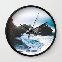 ocean falaise Wall Clock