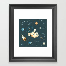 Lil Astronaut Pattern (8bit) Framed Art Print