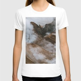 Kerlingjarfjöll smoky Mountains in Iceland - Landscape Photography T-shirt
