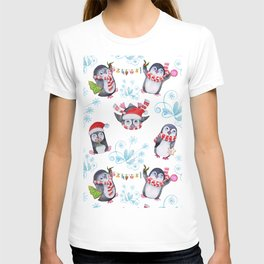 "Seamless texture Christmas ""Funny penguins"" T-shirt"