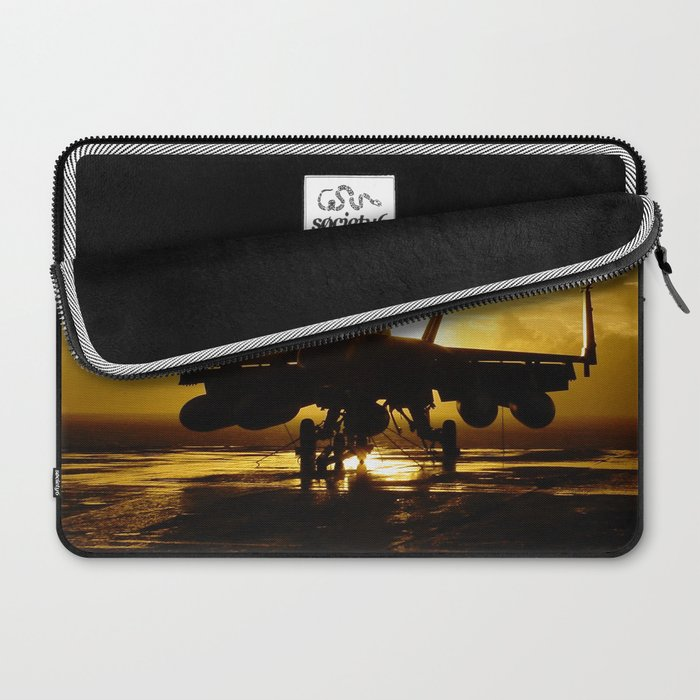 FA-18F at Sunset Laptop Sleeve