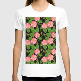 roses flowers bud pink red T-shirt