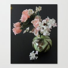 Small pot of Flowers Canvas Print