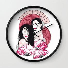 Les Femmes de l'est Wall Clock