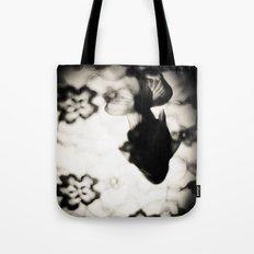 金魚と花 弐 Tote Bag