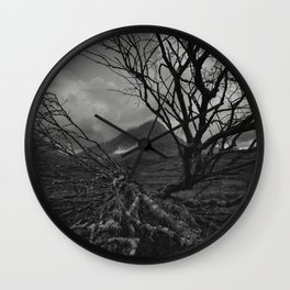 The web of winter Wall Clock