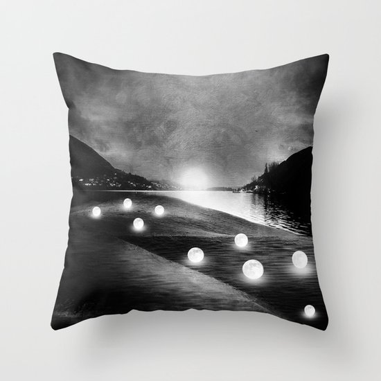 Field of lights (B&W) Throw Pillow