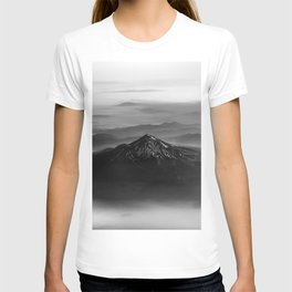 The West is Burning - Mt Shasta Black and White T-shirt