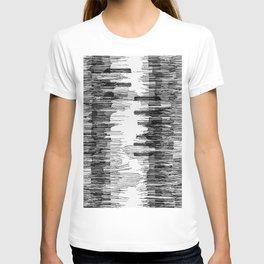 Polyline Distortion T-shirt