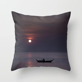 Rowing into the sunset Throw Pillow