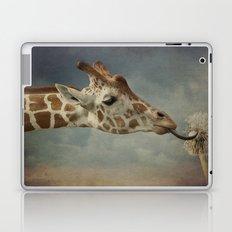 Cute baby Giraffe Laptop & iPad Skin