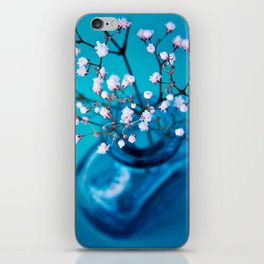BLUE-WHITE BABYBREATH iPhone Skin
