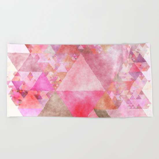 Triangles in pink - Watercolor Illustration pattern Beach Towel