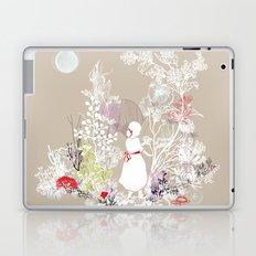 red lady wonderland Laptop & iPad Skin