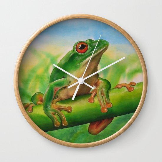 Green Treefrog Wall Clock