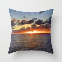 Sunrise at Nouméa Throw Pillow