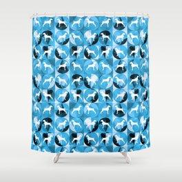 RETRO BLUE AND WHITE WEIMARANER CIRCLES Shower Curtain