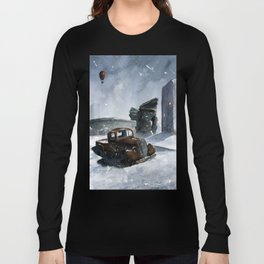 An old truck in snow Long Sleeve T-shirt