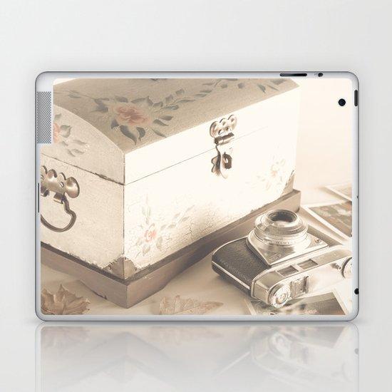Remembers (vintage still life photography) Laptop & iPad Skin