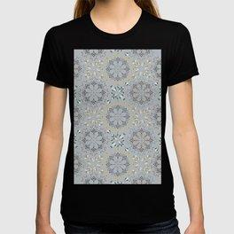 Autumn leaf pattern 1c T-shirt