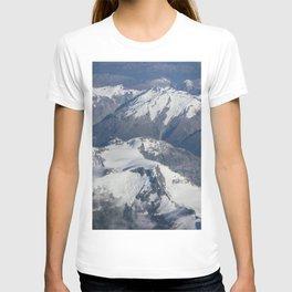 Long White Cloud Scape. T-shirt