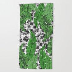 Tropical leaf pattern Beach Towel
