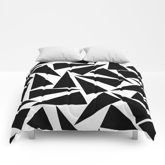 black triangle pattern Comforters