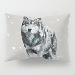 SNOW WOLF Pillow Sham