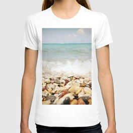 Little stones meet the sea T-shirt
