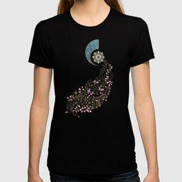 Cercis siliquastrum T-shirt