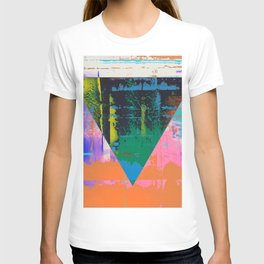 Color Chrome - triangle graphic T-shirt
