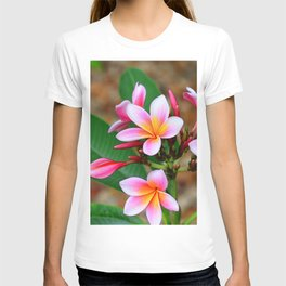 Plumeria Floral Art - Tropical Queen - Sharon Cummings T-shirt