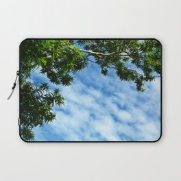 .look at the sky. Laptop Sleeve