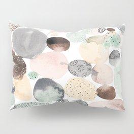 dots 2 Pillow Sham