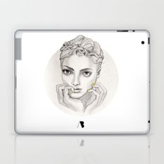 MY FAIR BRAIDY // CIRCLE Laptop & iPad Skin