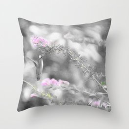 Digita Hummingbird painting. Throw Pillow