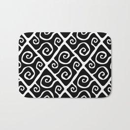 Diamond Pattern Black-White Bath Mat