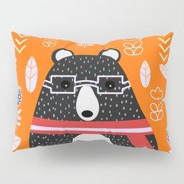 Bear in floral rain Pillow Sham