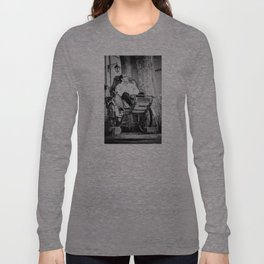Pouss pouss man Long Sleeve T-shirt