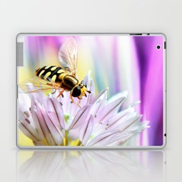 Hover fly and chive blossom Laptop & iPad Skin