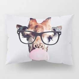 GIRAFFE WEARING GLASSES BLOWING A PINK BUBBLEGUM Pillow Sham