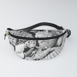 sea shells in grey. Fanny Pack