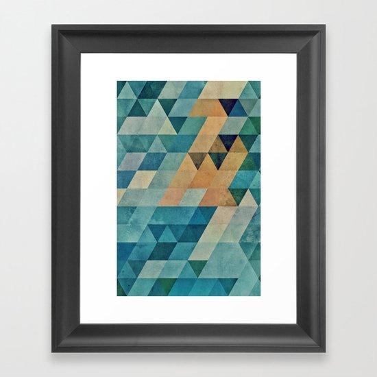 vyntyge pwwdr Framed Art Print