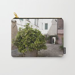 Inne yard Carry-All Pouch