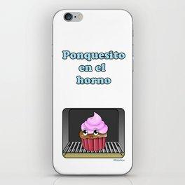 Ponquesito en el horno/ Cupcake in the oven iPhone Skin