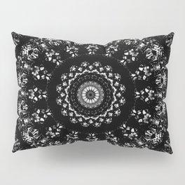 Kaleidoscope crystals mandala in black and white Pillow Sham