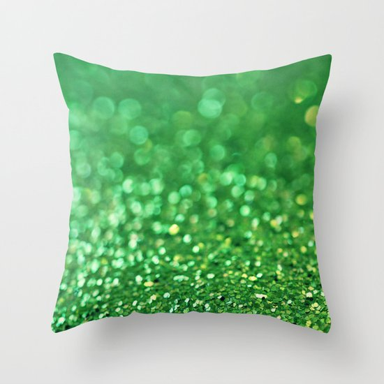Minty Fresh... Throw Pillow