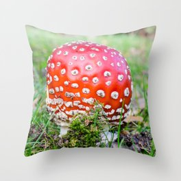 Fly agaric Throw Pillow