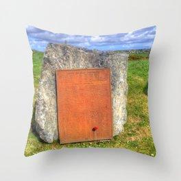 Lewis War Memorial, Stornoway Throw Pillow