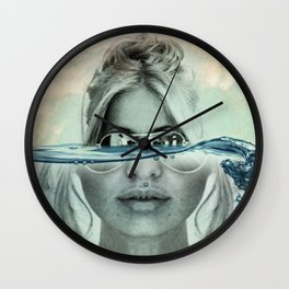 magnify Wall Clock
